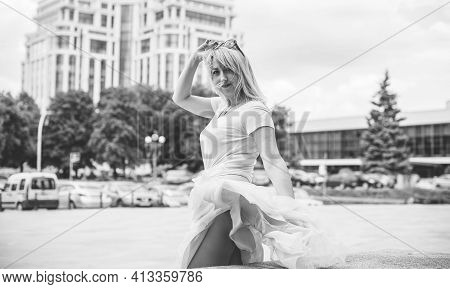 Young Blond Woman Wearing Elegant Fashion Look Walking On The City Street, Fashionable Lady, Trend.