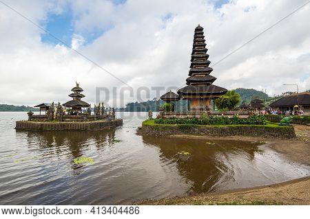 The Temple Complex Pura Ulun Danu Beratan, Or Pura Bratan, A Major Hindu Shaivite Shiva Temple In Ba