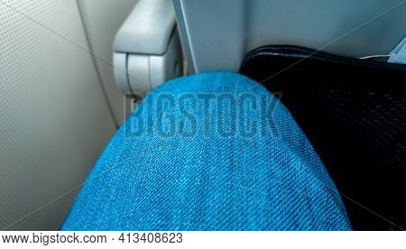 Air Travel Leg Space