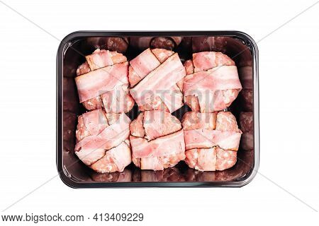 Raw Hamburger In Black Tray For Retail. Hamburger With Bacon, Fast Cooking At Home. Fast Food.raw Ha
