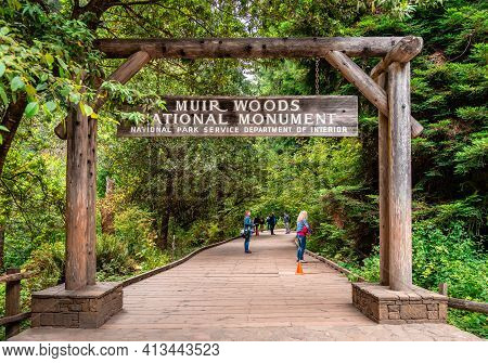 Mount Tamalpais, Ca, Usa - July 16 2015: The Entrance Of The Muir Woods National Monument, On Mount