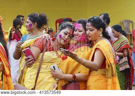 Kolkata, India - March 9th, 2020 : Beautiful Young Ladies In Spring Festive Make Up , Taking Groupfi