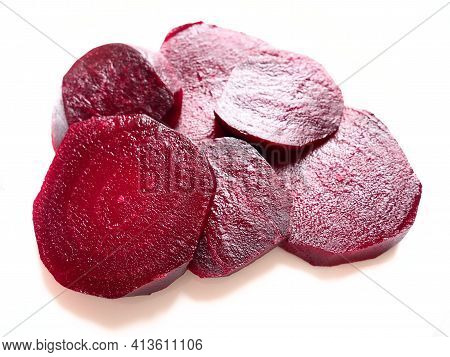 Chopped Boiled Beets On A Plate On A White Plate. Beetroot Mugs With Inner Texture, Veins And A Damp