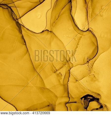 Gold Fluid Art. Abstract Marble Illustration. Alcohol Ink Paint. Liquid Pattern. Fluid Art. Gradient
