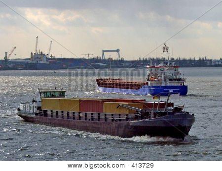 Sea Meets Inland Navigation