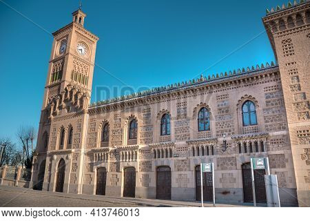 Toledo, Spain, March 27, 2019. Horizontal View Of The Chapel Located In The Toledo Train Station