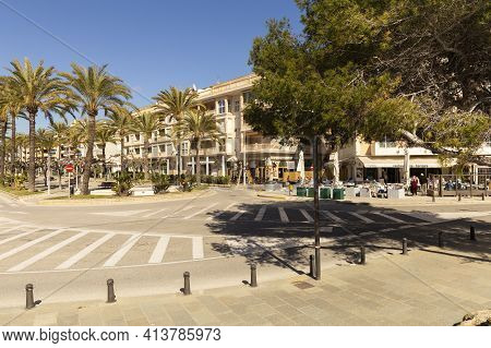 Moraira, Costa Blanca, Spain -20 February 2020: Street With Cafes And Shops In The Resort Town Of Th