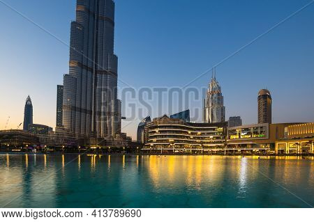 Dubai, United Arab Emirates - 04 December, 2018: The Dubai Mall Is The Largest Mall In The World By