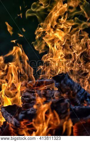 Bonfire And Flames, Embers Of A Bonfire