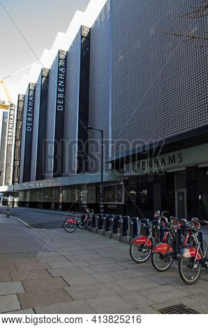 London, Uk - February 26, 2021: View Along The Side Of The Former Debenhams Flagship Department Stor