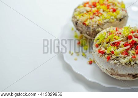 Mushrooms Stuffed With Onion, Garlic, Leek, Paprika And Sprinkled With Cheese And Breadcrumbs, Snack