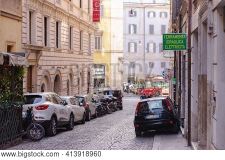Rome. Italy. Spring 2020. Razella Street. A Typical Day On The Streets Of Rome.