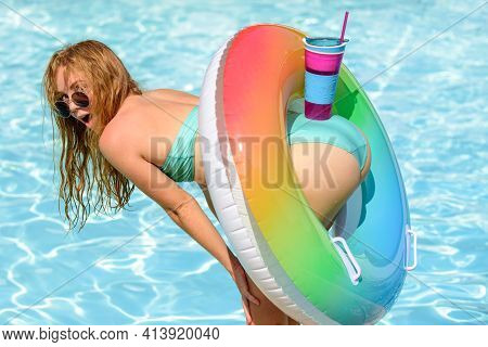 Summer Ass. Sexy Summertime Vacation. Woman In Bikini With Cocktail. Female Butt In Swimming Pool. G