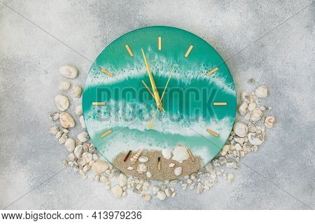 Resin Art Wall Clock With Clock Hands Made Of Epoxy Resin Art