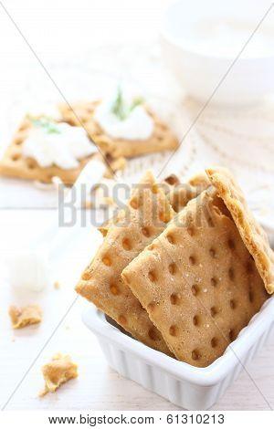 Gluten Free Crispbread With Cream Cheese And Dill