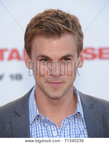 LOS ANGELES - JUL 10:  Tommy Dewey arrives to the