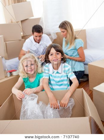 Lively Family Packing Boxes