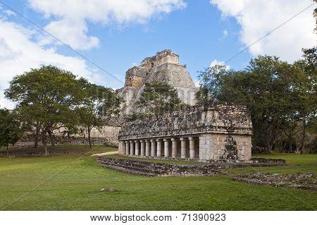 Uxmal Pyramid In Mexiko