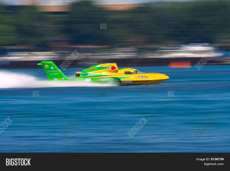 Unlimited Hydroplane Image & Photo (Free Trial) | Bigstock