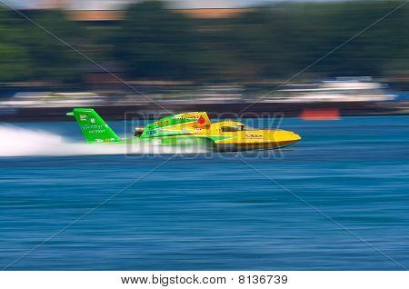 Unlimited Hydroplane