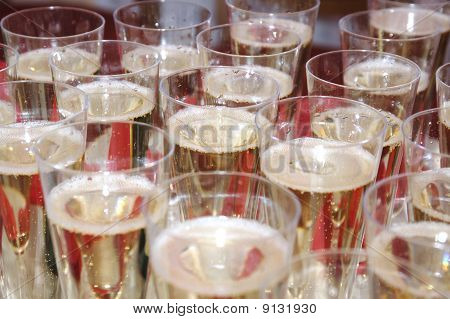 Glasses with champaign