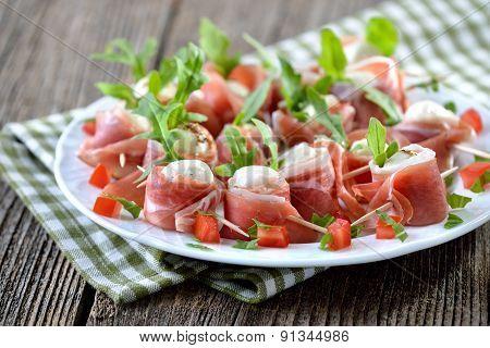 Mozzarella with bacon