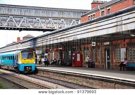 Train in Shrewsbury Railway Station.