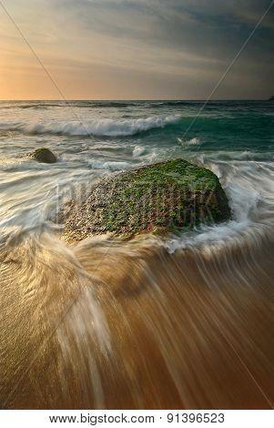 Seascape Sunrise Flowing Waves