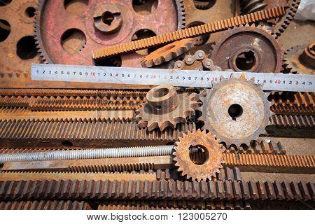 Cogwheel screw heads gears textures and other metal details in Vietnamese metal market (Cho Sat)