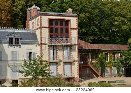 Medan France - august 12 2015 : the house bought by Emile Zola in 1878