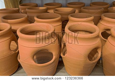 Large Clay Pots at Market to Sell