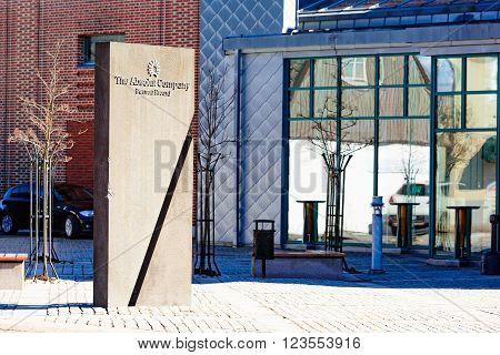 Absolut Company Monolith