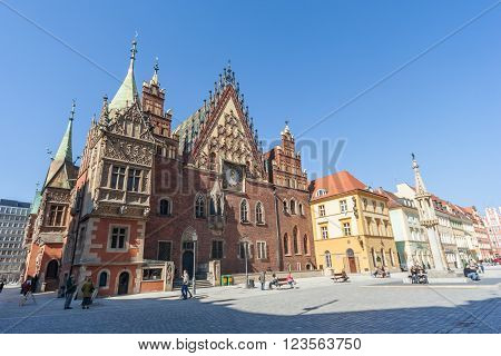 Wroclaw, Poland - Circa March 2012: Central Market Square, Pregierz And Gothic Town Hall In Wroclaw,
