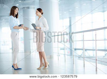 Women handshaking