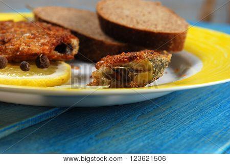 Fried Fish With Lemon