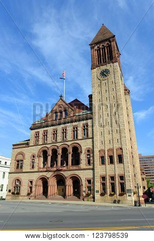 Albany City Hall was built in 1880 with Richardson Romanesque style by Henry Hobson Richardson. The building is served as the seat of government of Albany City in downtown Albany, New York State, USA.