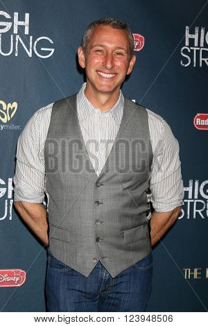 LOS ANGELES - MAR 29:  Adam Shankman at the High Strung Premiere at the TCL Chinese 6 Theaters on March 29, 2016 in Los Angeles, CA
