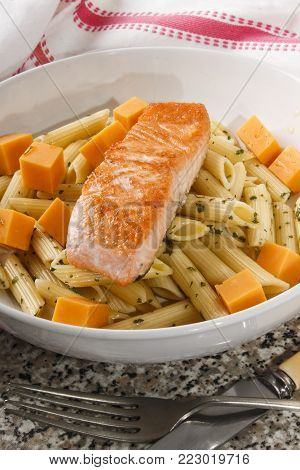 irish noodle salad with wild salmon and mild cheddar cheese
