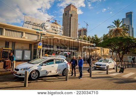 TEL AVIV, ISRAEL. November 24, 2017. Tel Aviv Savidor central railway station main entrance stock image.