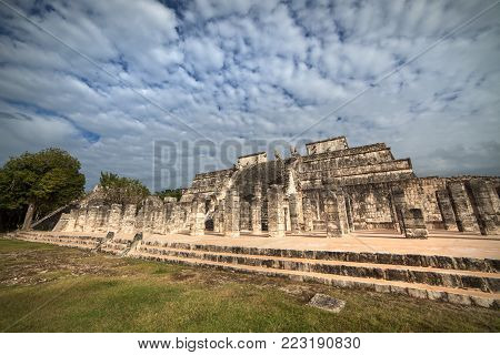 Temple of a Thousand Warriors, Chichen Itza, Mexico. Mayan ruins