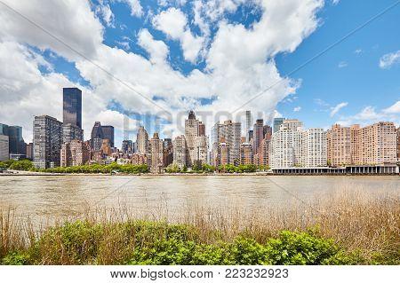 New York Skyline Seen From Roosevelt Island, Usa.