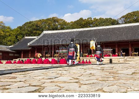 1 November 2014, Seoul, South Korea: Jerye ceremony held twice per year in Jongmyo Shrine to worship the Confucian tablets of the 19 emperors enshrined here. Jongmyo is a UNESCO world heritage site.