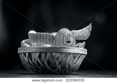 Fresh Peel Of Oranges,citrus Reticulata,citrus Aurantium In A Traditional Basket On Wooden Surface.