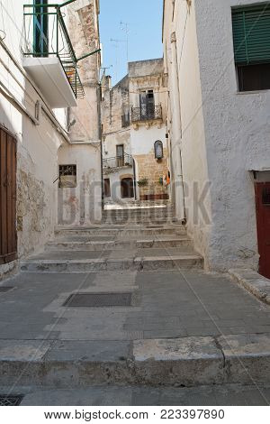 Characteristic alleyway of Castellaneta. Puglia. Southern Italy.