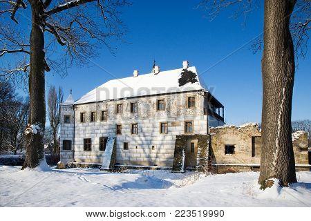 PREROV, CZECH REPUBLIC - DEC 18, 2015: renaissance castle in Prerov nad Labem, Central Bohemian region. Winter photo with snow.