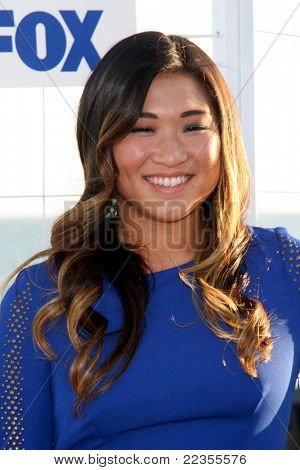 LOS ANGELES - AUG 5:  Jenna Ushkowitz arriving at the FOX TCA Summer 2011 Party at Gladstones on August 5, 2011 in Santa Monica, CA