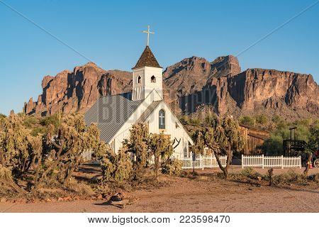 APACHE JUNCTION, AZ - OCTOBER 25, 2017: Elvis Presley Memorial Chapel at the Superstition Mountain Museum in Apache Junction, Arizona.