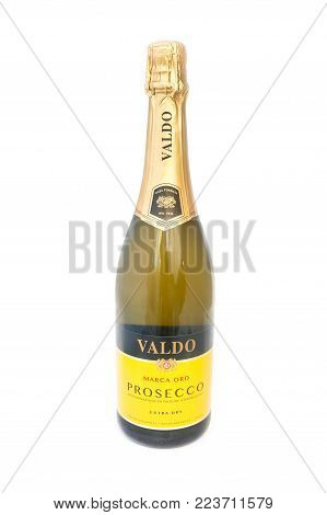 YATELEY, UK - JANUARY 25: 75cl bottle of Valdo Prosecco by Marca Oro - a budget sparking wine from Italy and a popular alternative to more expensive French Champagne. Yateley, UK - January 25, 2018
