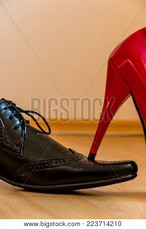 lady's slipper occurs on a men's shoe