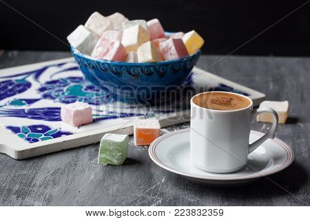 Turkish coffee and Turkish delights in a nowl